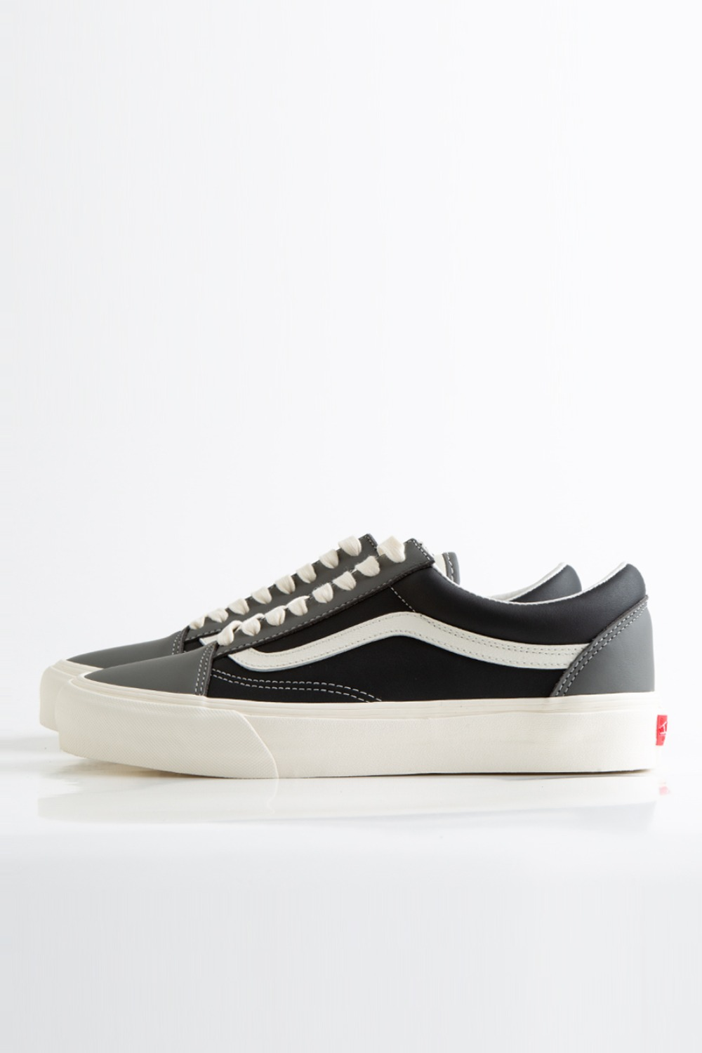 OLD SKOOL VLT LX(LEATHER) CHARCOAL/BLACK