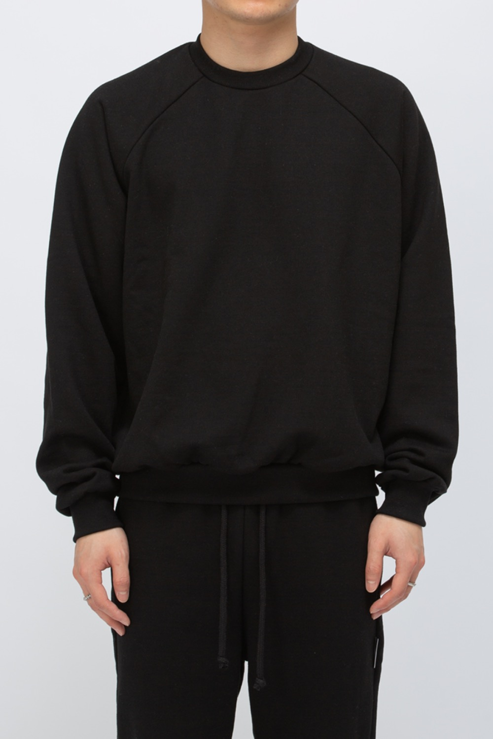 HEAVY WEIGHT OVERSIZE SWEATSHIRT(PREMIUM BASIC) BLACK